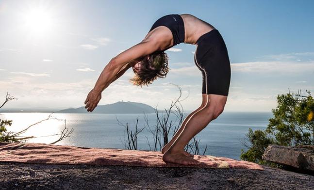 Urdhva-Dhanurasana-Dani-Ceccarelli-Ashtanga-Yoga-Centre-of-Melbourne